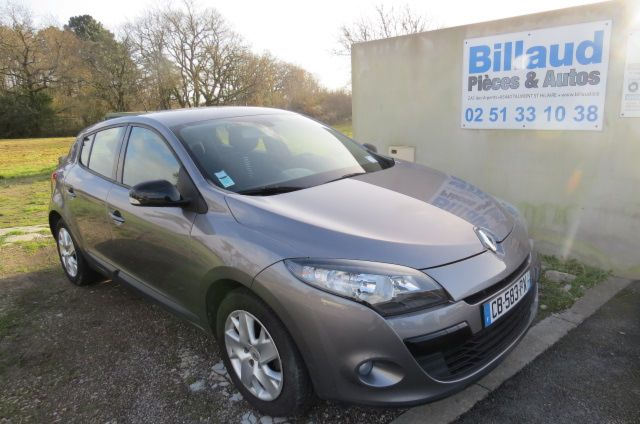 photo vehicule occasion megane iii ph2 1,5 dci ( 90 ) 1.5 dci (90)
