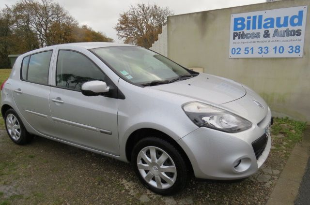 photo vehicule occasion clio iii 1.5 dci night & day (90) 1.5 dci night & day (90)